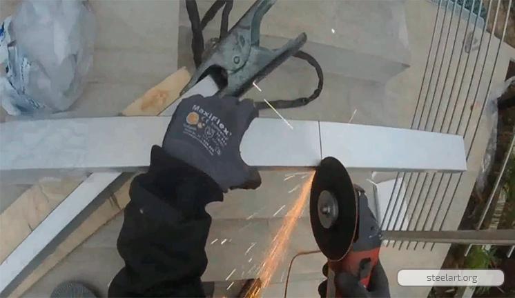 Монтаж пандуса из нержавеющей стали