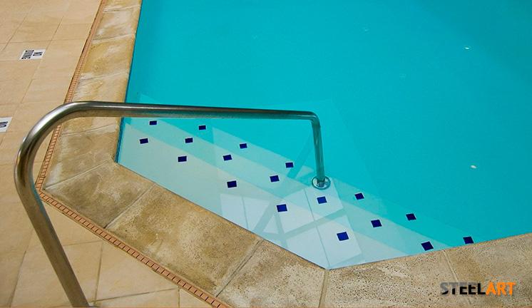 Отдельный поручень в бассейн