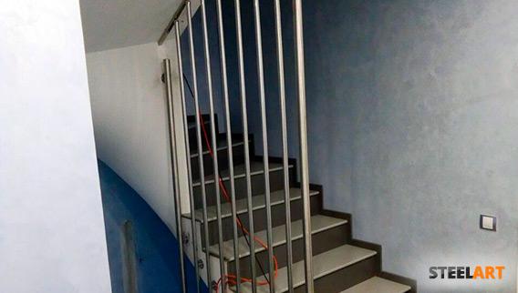 Перила из нержавеющей стали в частный дом коттеджного посёлка Артек